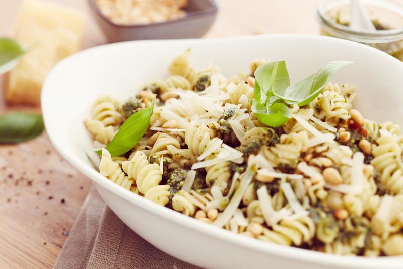 Pesto Basilico بيزل بيستو مع الفوسيلي